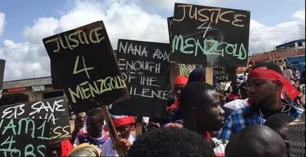Nakked Demonstration To Hit MENZGOLD In Ashanti Region