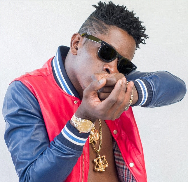 Shatta Wale Spotted Chilling With Two HOT Girls In A Pool (+Video)