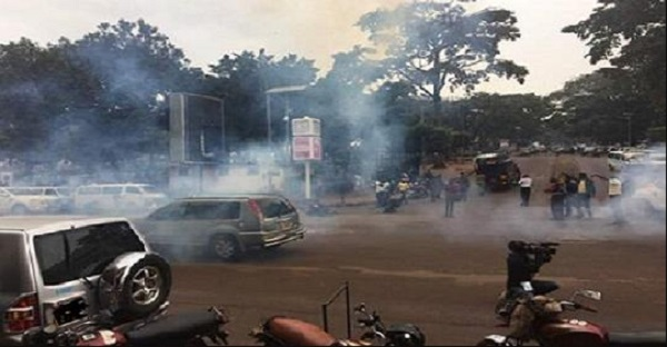 uew-students-protest-police-teargas